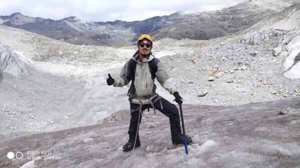 ボリビア・ワイナポトシ(6,088m)にて